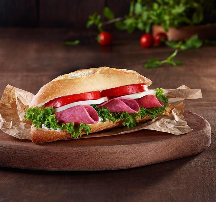 Kaşarlı Salamlı Sandviç